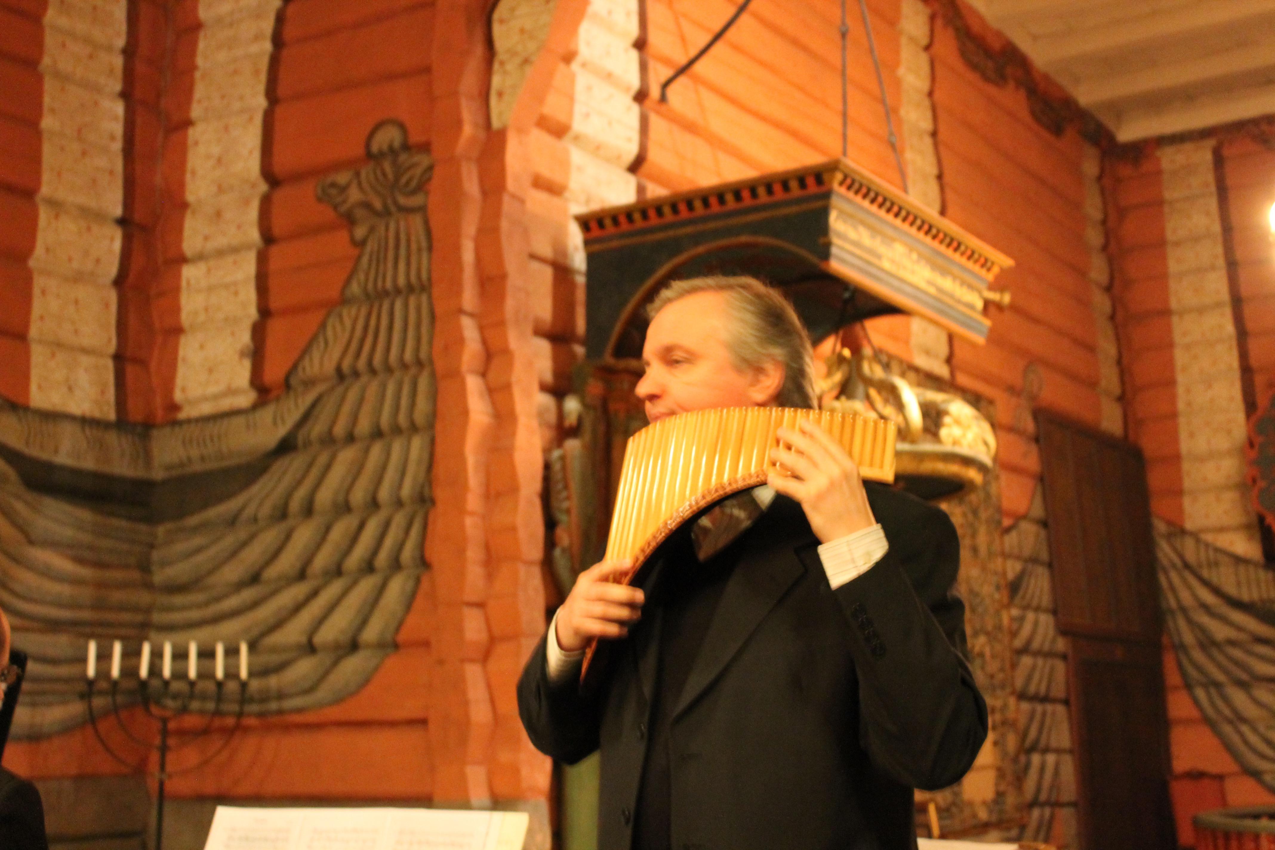 10 Konsert med Roar Engelberg Svarstad kirke 13.03.15 - 9015