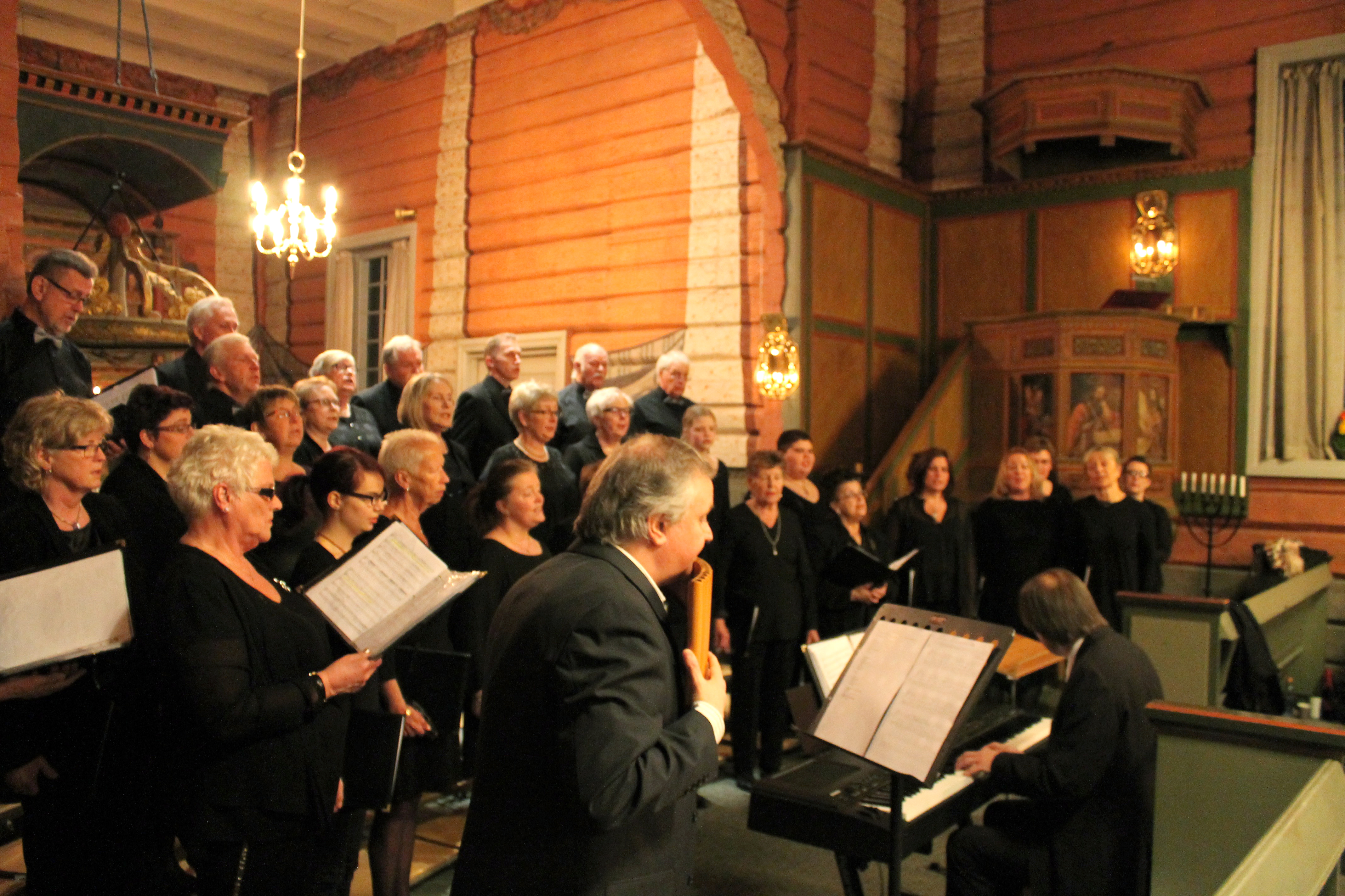 12 Konsert med Roar Engelberg Svarstad kirke 13.03.15 - 9023